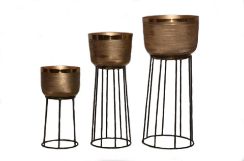 The Home Pot With Stand Eched Gold 1509-ABC