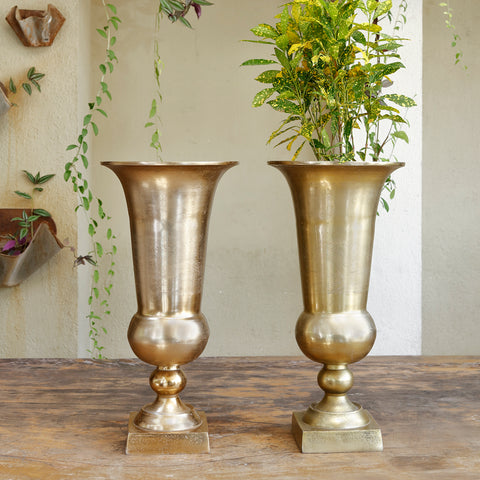 The home Metal Vase Planter Gold GD1399-B