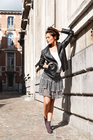 Streetstyle fashion picture with ruffle skirt