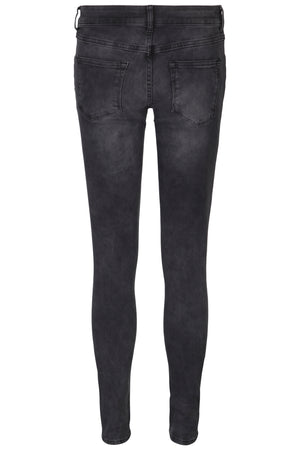 Skinny 5 pocket stretchable ladies jeans in blue and black
