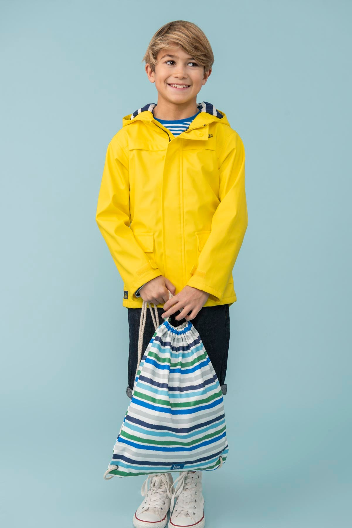 Boy's striped waterproof drawstring bag