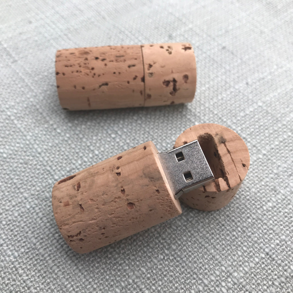 Usb with cork outer