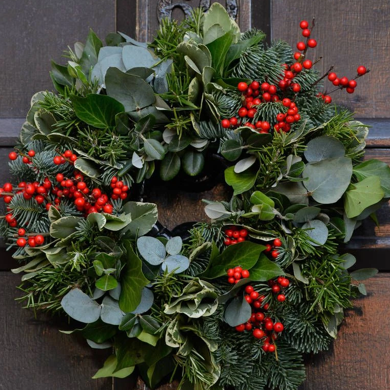 Vence - Wreath of fresh foliages, herbs.