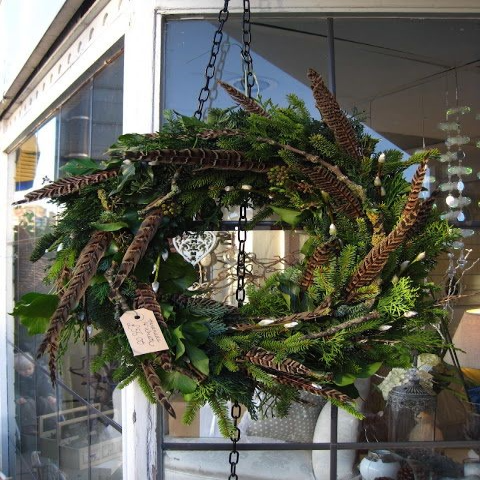 Blois - wild foliage wreaths with feather willow & berries