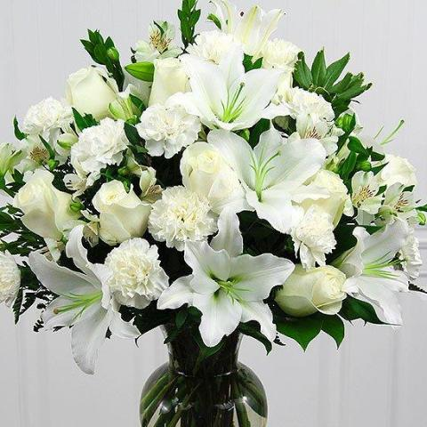 Ashe - White Roses and Lily Bouquet.