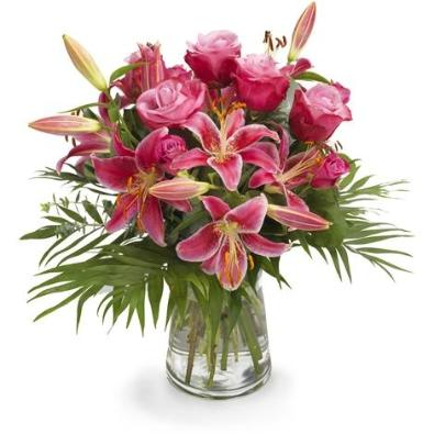 Hinton - Pink Roses & Scented Oriental Lily Bouquet