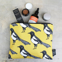 Load image into Gallery viewer, Magpie Wash Bag