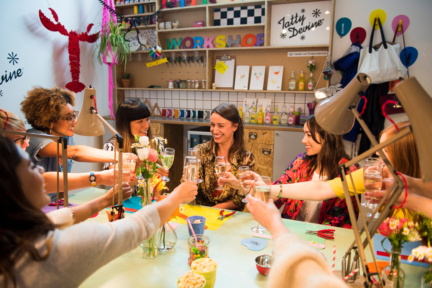 BOOK A JEWELLERY MAKING PARTY WITH US!