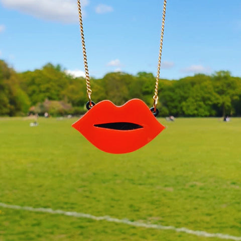 Get Lippy Necklace