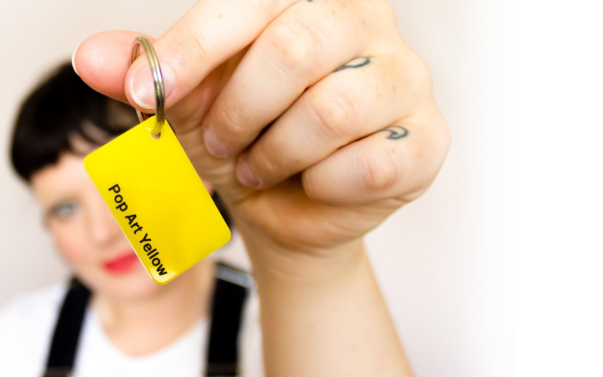 colour-swatch-keyring---pop-art-yellow