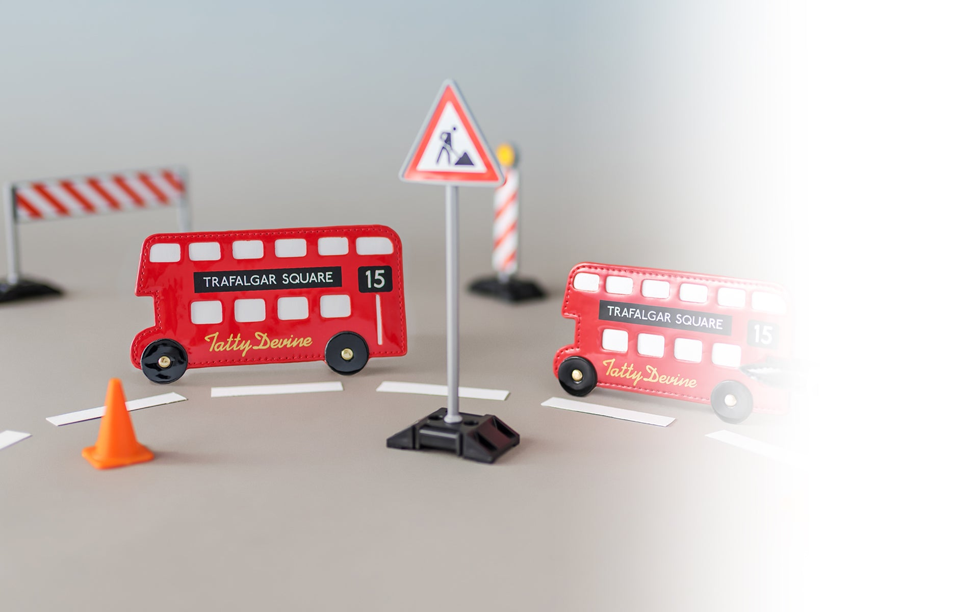 london-bus-card-holder