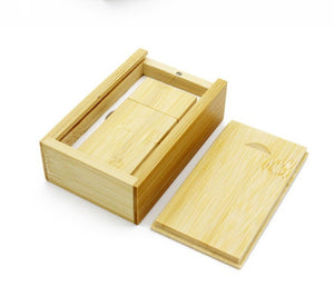 single wooden box, keepsake box, holds USB Flash drive, with engraving on lid and memory stick