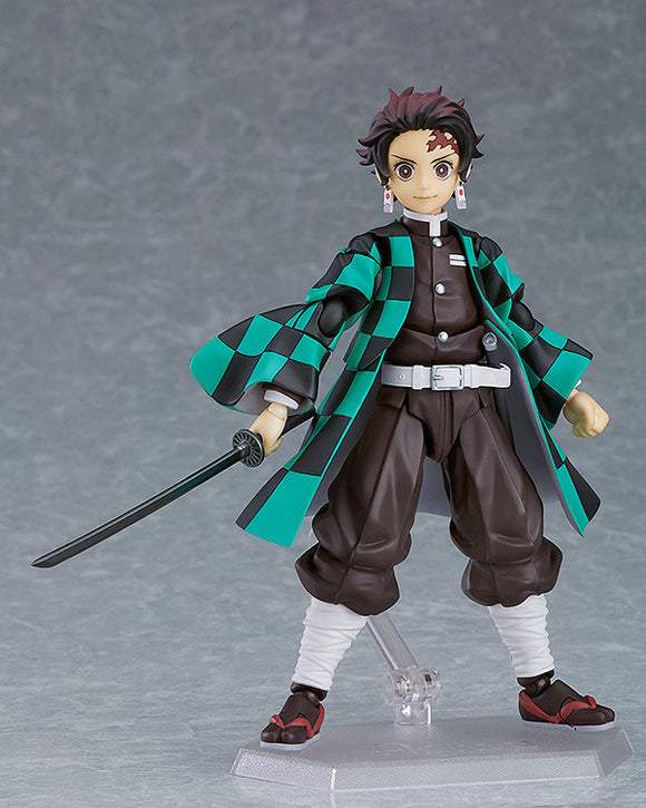 Figma 498 Demon Slayer: Kimetsu no Yaiba - Tanjiro Kamado main pose