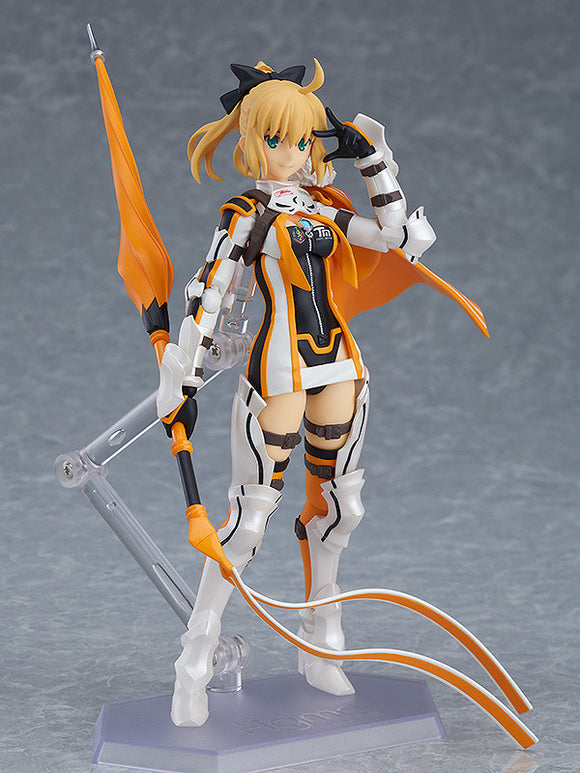 Figma SP-128 GOODSMILE RACING & TYPE-MOON RACING - Altria Pendragon: Racing ver. main pose