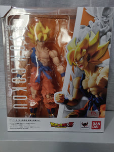 S.H.Figuarts Dragon Ball Z SSJ Goku Warrior Awakening
