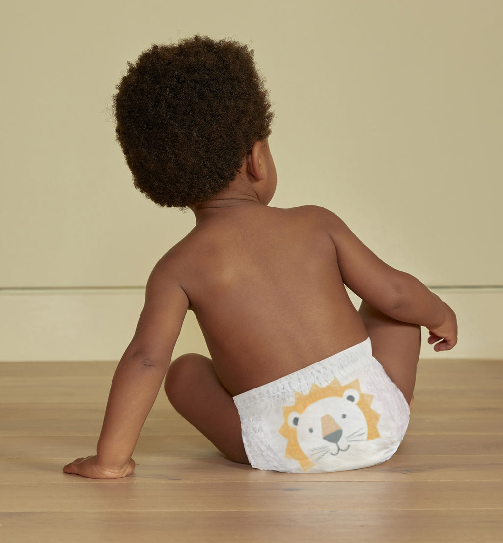 Sustainable lion nappy pants