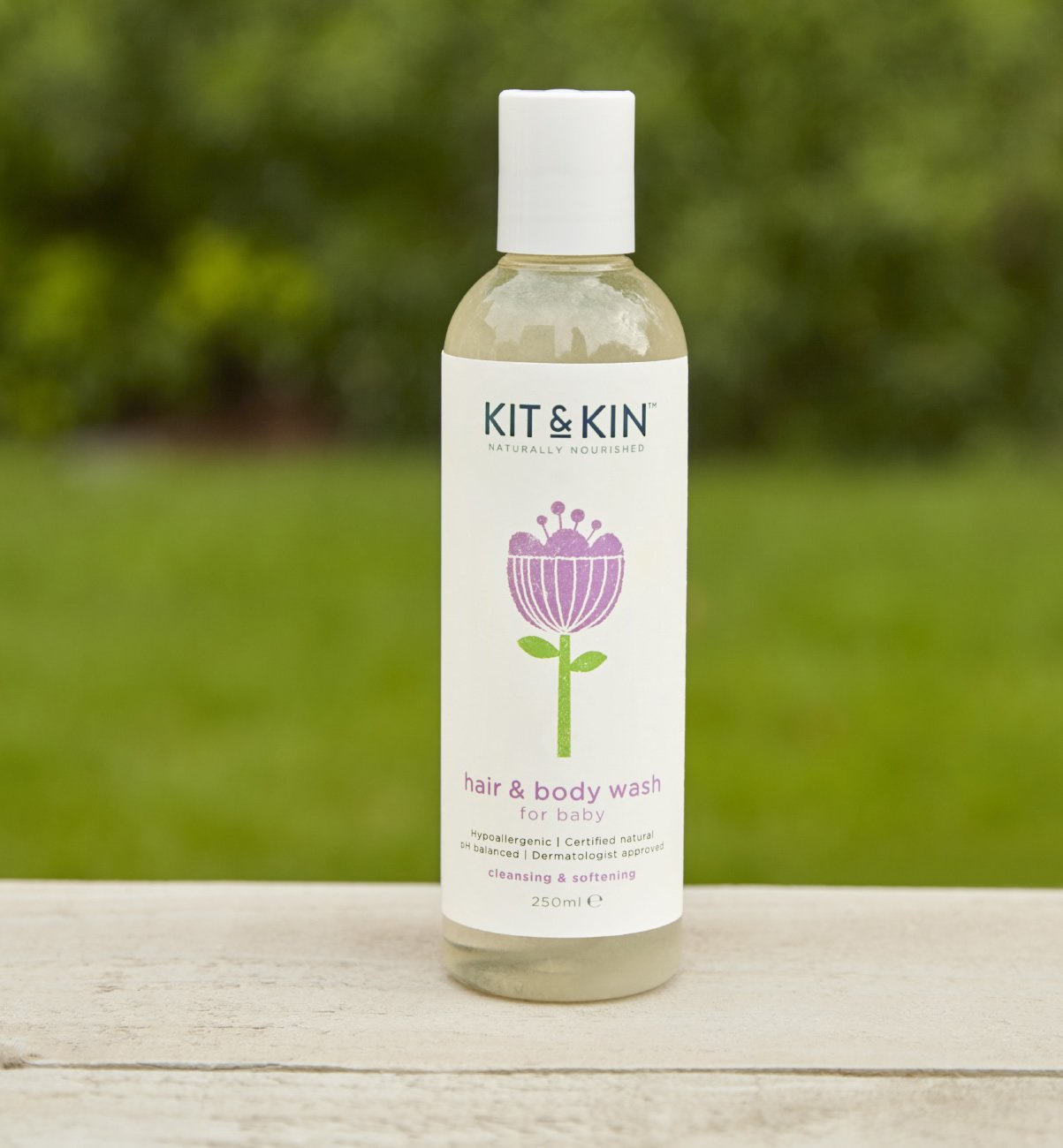 Kit & Kin Hypoallergenic hair & body wash