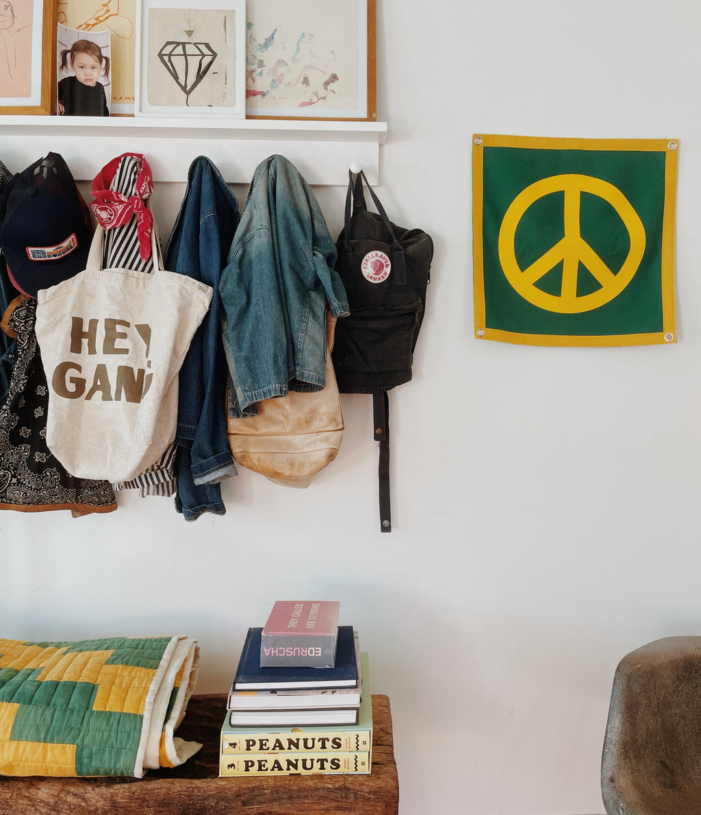 Hey Gang X Oxford Pennant Peace Sign Green