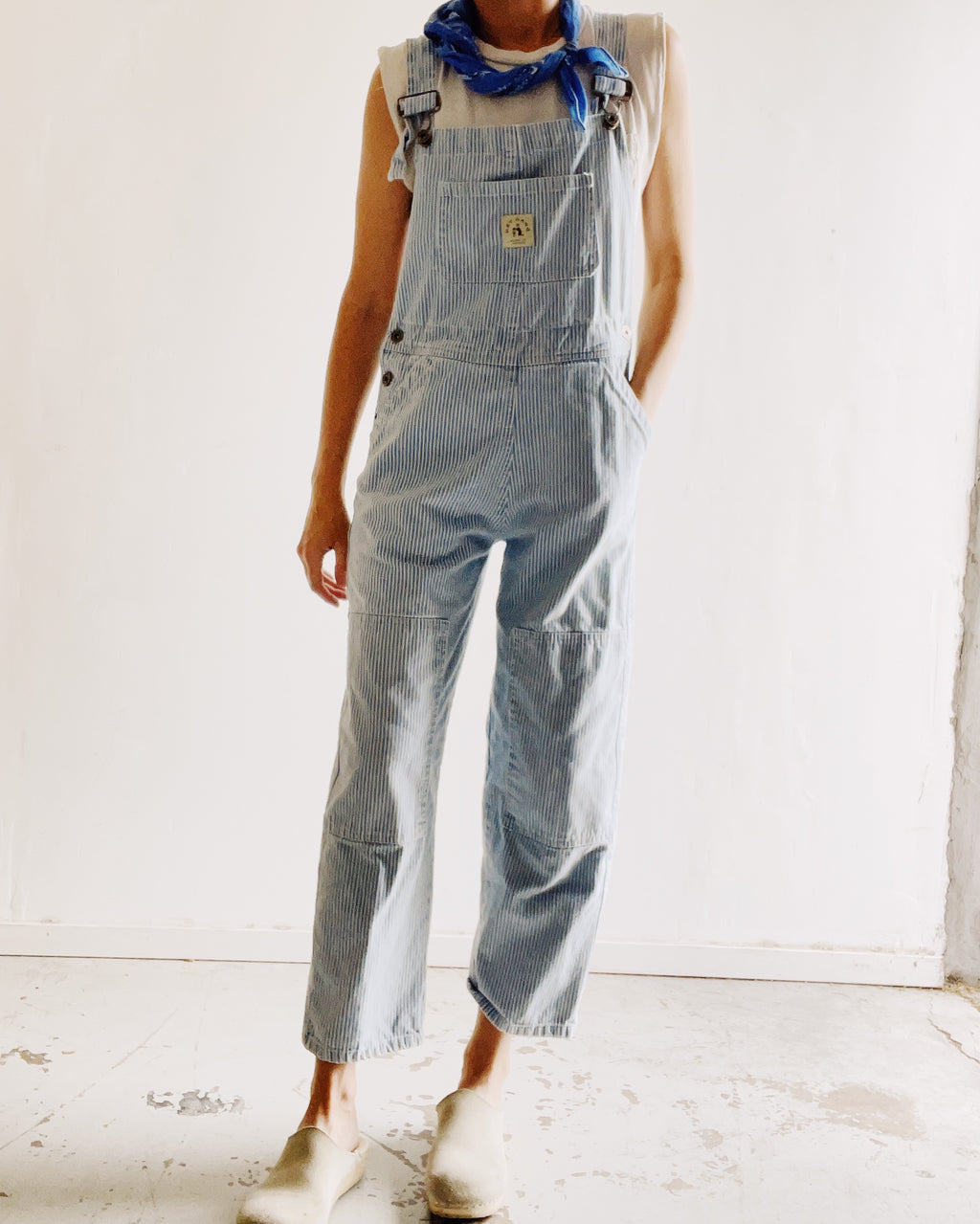 The Women's Knee Patch Overalls Washed Railroad