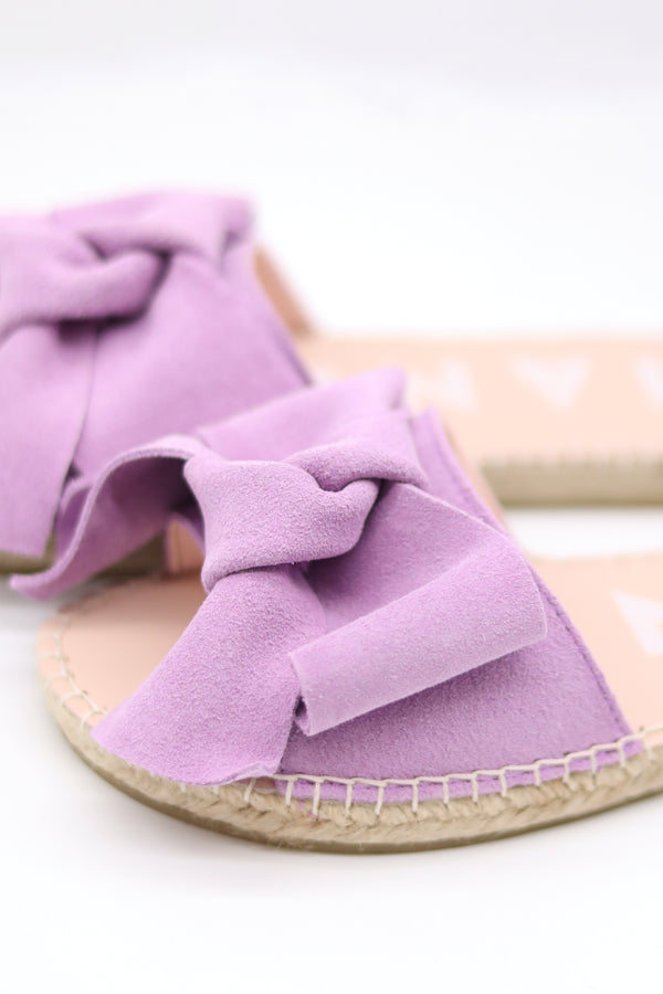 Hamptons Flat Sandals with Bow