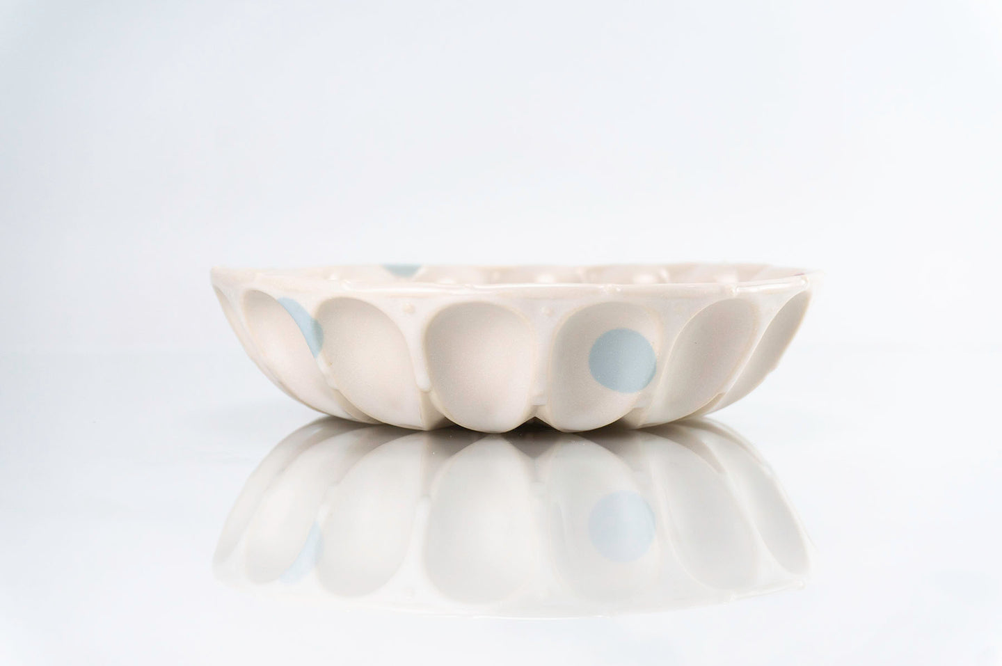 Flower and Blue Dot Wave Bowl (b-127)
