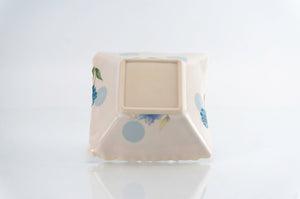 Flower and Blue Dot Square Dish (d-119)