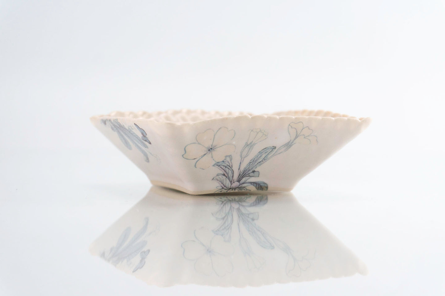 Flower Dimpled Square Dish (d-123)