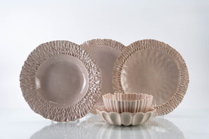 Textured Rim 5-Piece Place Setting | Table Setting