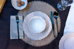 Textured Rim 3-Piece Place Setting | Ridged Bowl | Table Setting