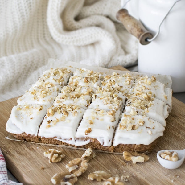 Earl Grey Cake with Vanilla Buttercream and Walnuts