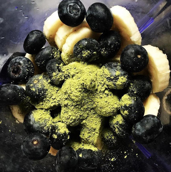Matcha Blueberry Banana Smoothie
