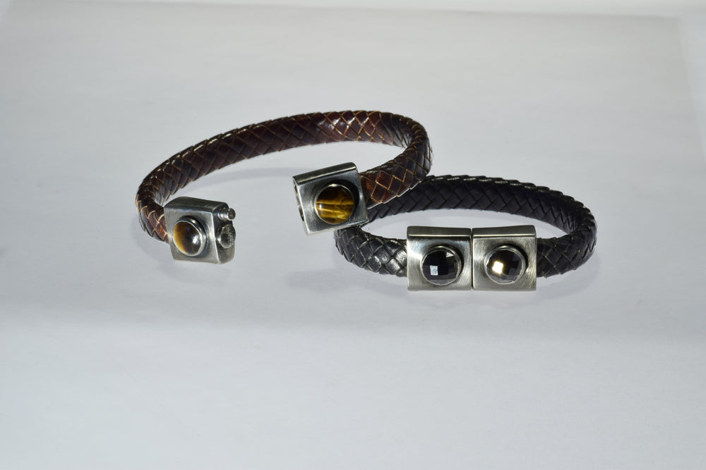 Brown Magnetic Bracelet w/Tiger's Eye