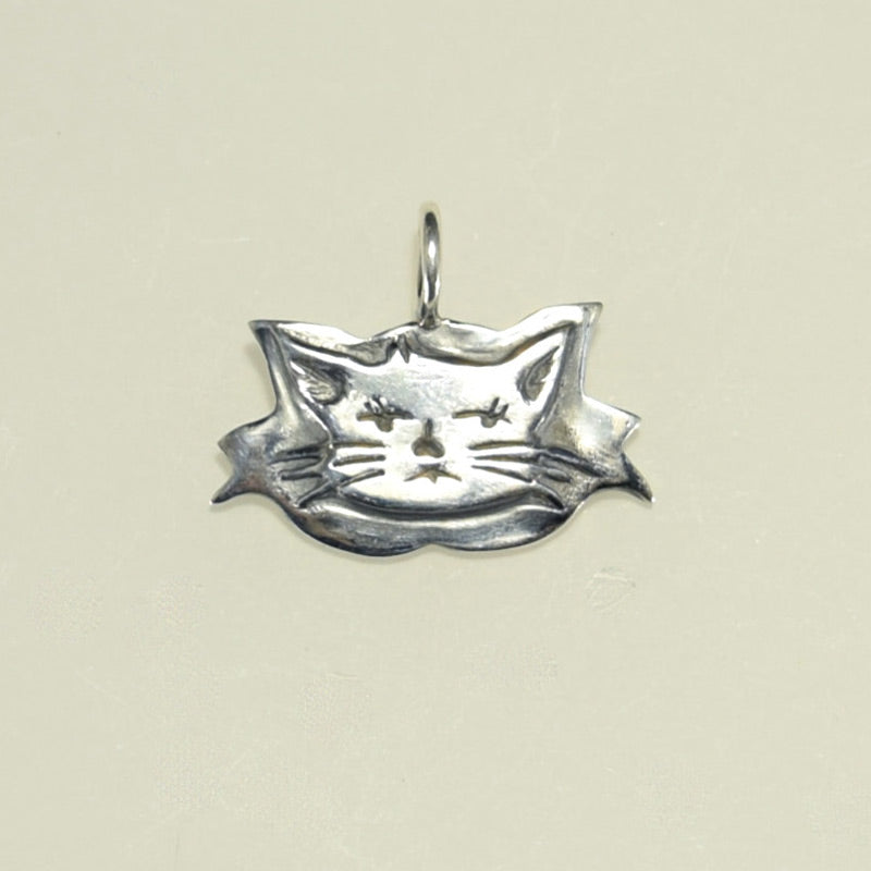 ZEN KITTY CHARM
