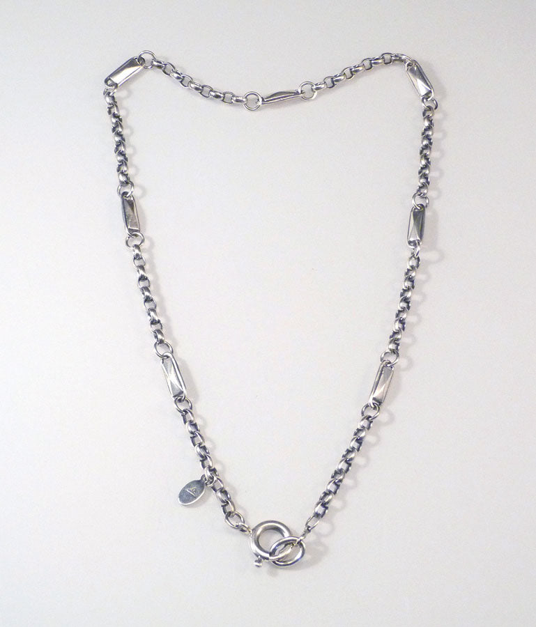 Facet-Link-Necklace-Charmed-Necklaces