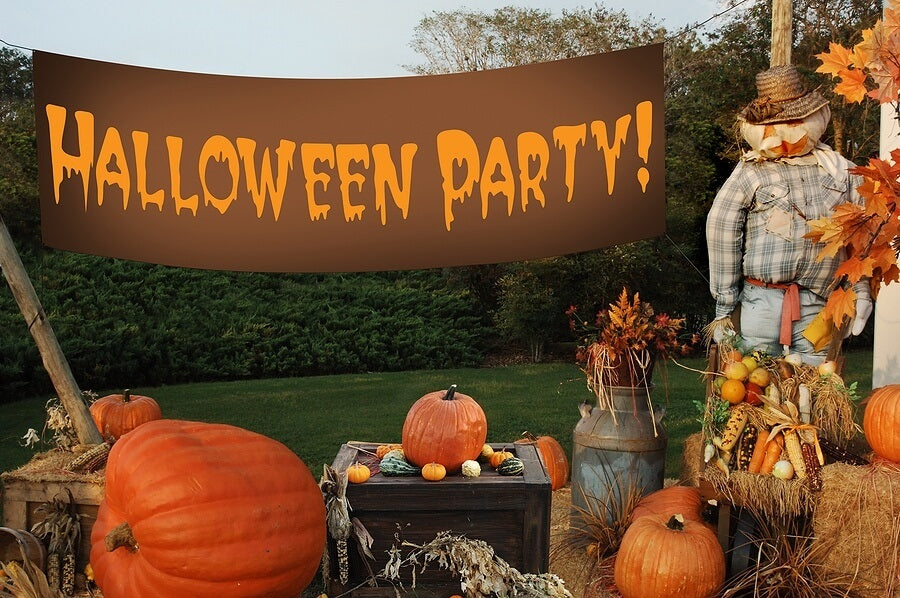 7 Creative Halloween Party Decoration Ideas