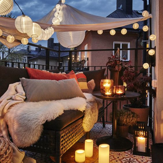 Special Lighting Ideas For Summer Balcony