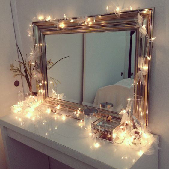 decor mirror with string lights