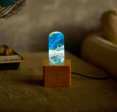Aurora effect desk lamp