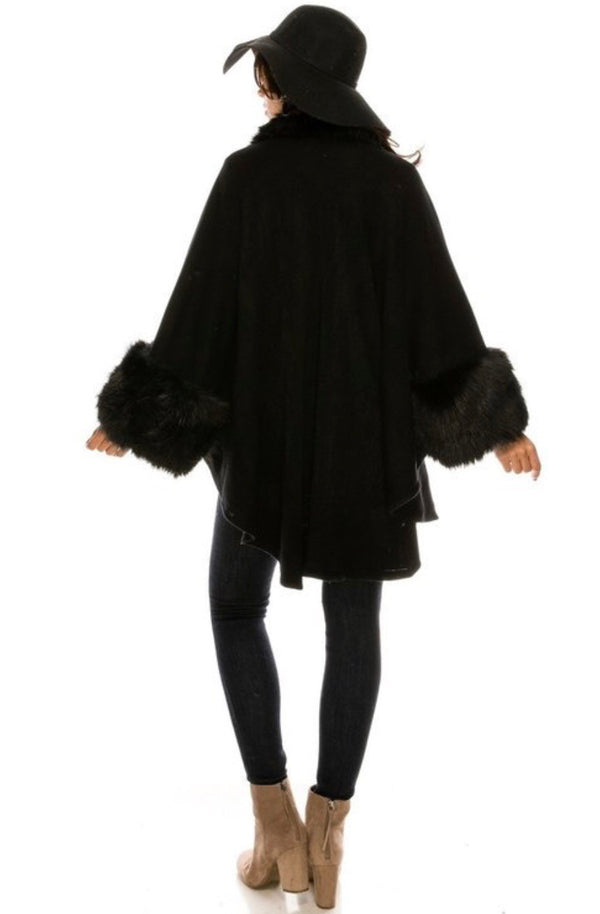 KEEP ME WARM Luxury Poncho