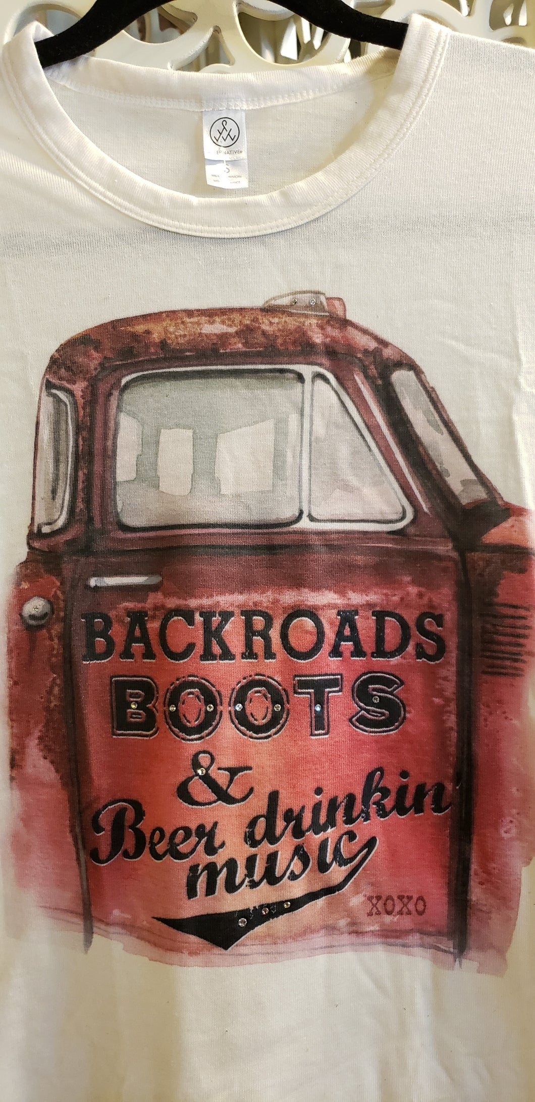XOXO ART Backroads Boots Tee