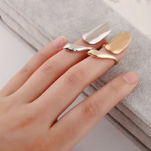 Metallic Artsy Nail Plating Rings
