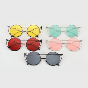 Approximate Sign Round Women's Sunglasses