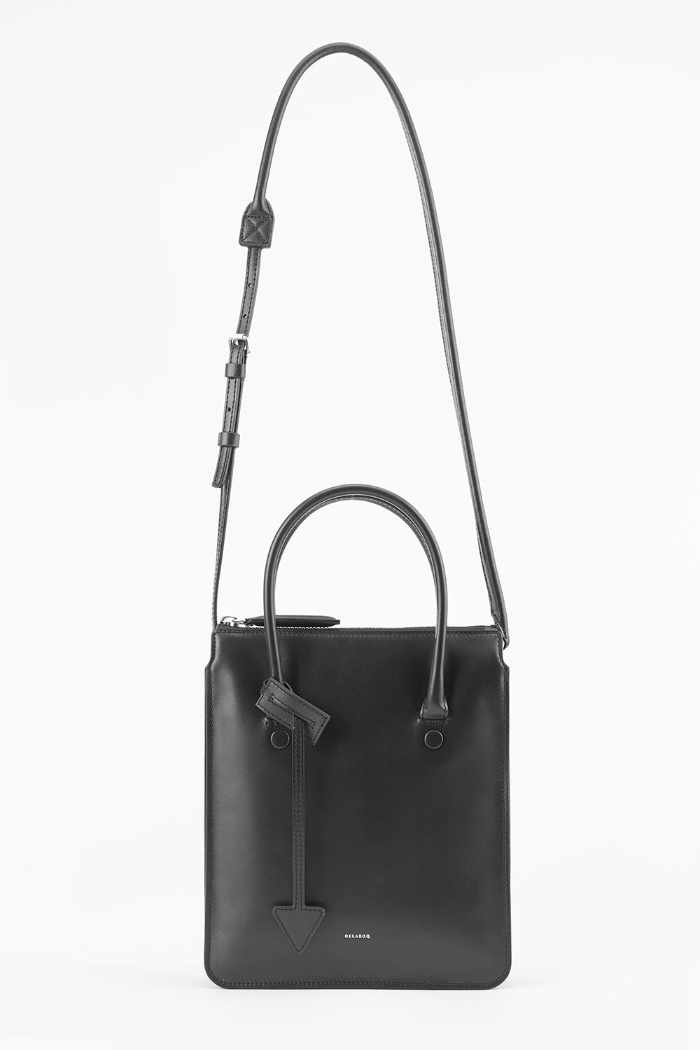 Troisieme Tote in Pitch Black