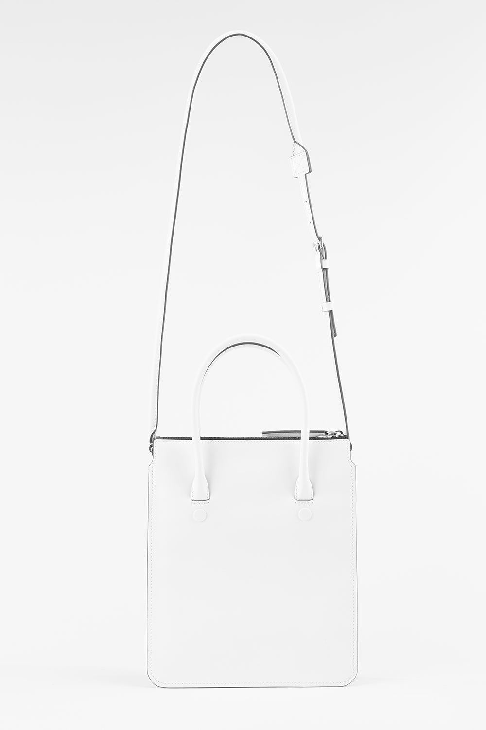 Troisieme Tote in Spotless White