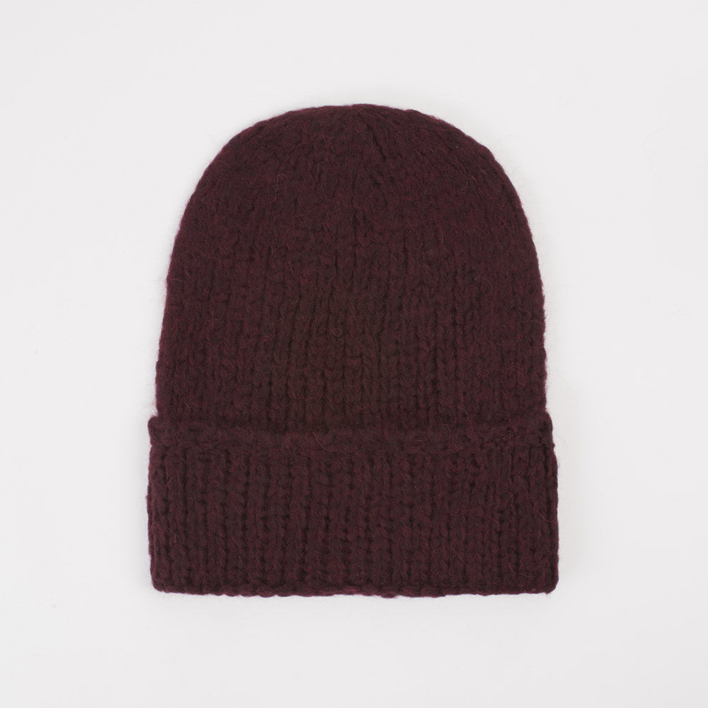 Superba Beanie in Vino