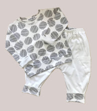 Load image into Gallery viewer, Reversible Comfy Pant | Ivory - Circles - Peridot Kids