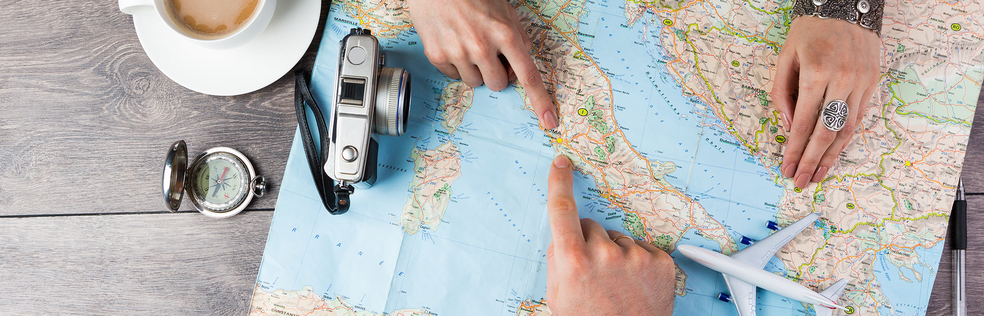 3 Ways to Stay Safe While Traveling