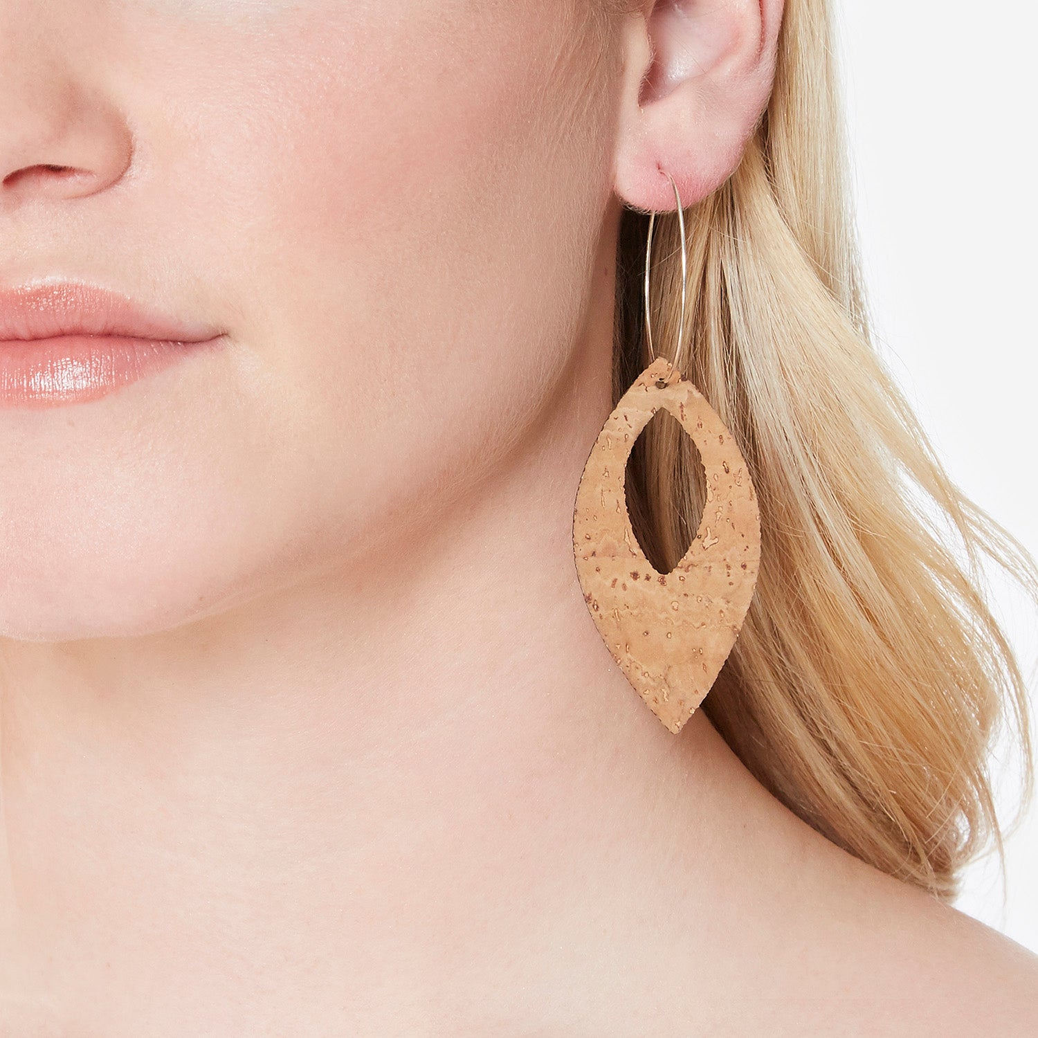 Remi Reversible Cork Earrings – Open Raindrop