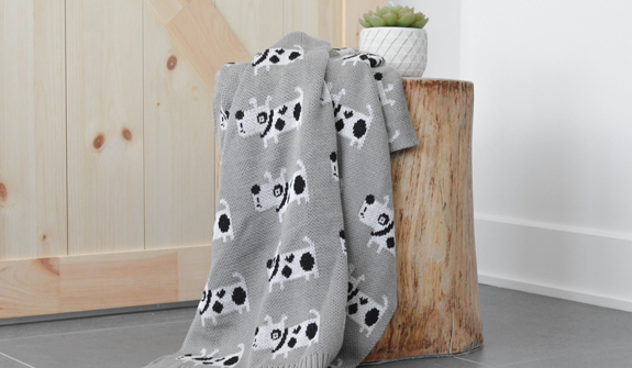 Ultra-Soft-blanket-lovely-for-dogs-english