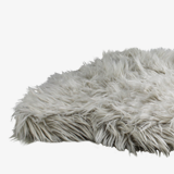 chic-chalet-fur-bed-for-dogs-english